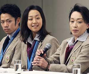 橋本聖子と高橋大輔と浅田真央の3人の記者会見画像