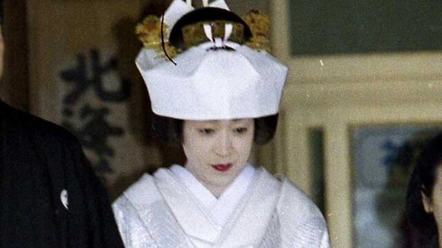 結婚式での白無垢のを行った橋本聖子
