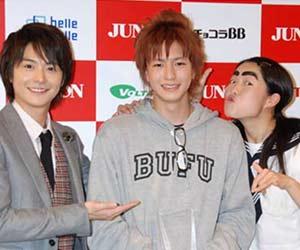 第22回ジュノン・スーパーボーイ・コンテストの稲葉友と小池徹平とイモトアヤコ