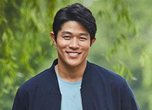 鈴木亮平プロフィール画像