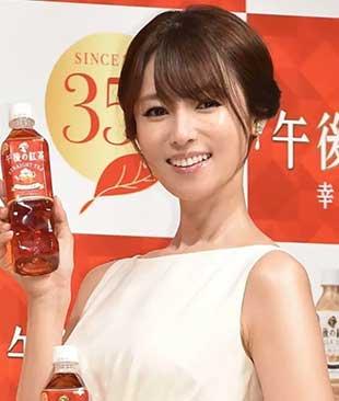 「キリン午後の紅茶」の深田恭子