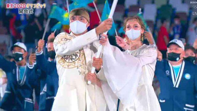カザフスタンの選手団の旗手